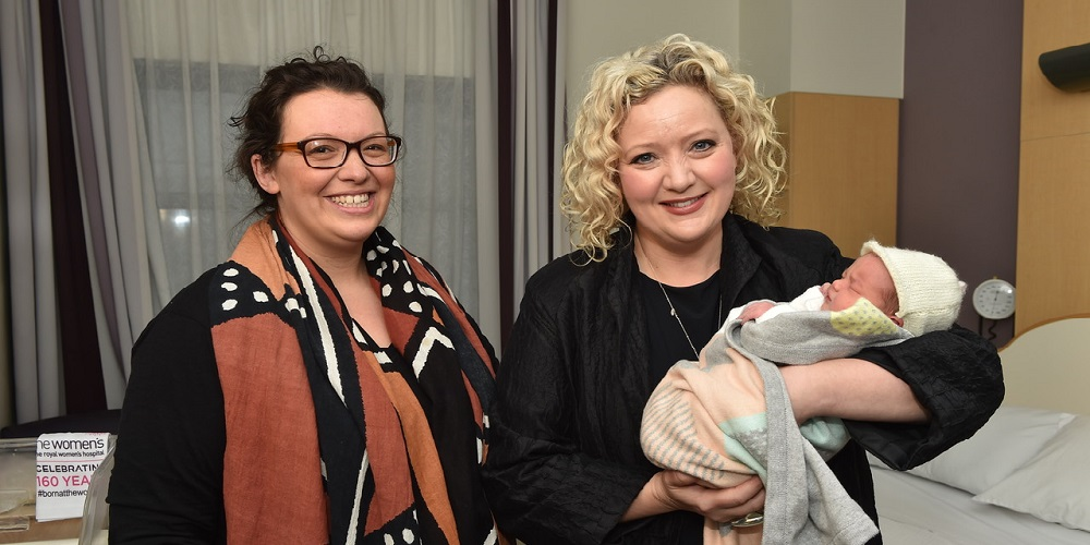 Mum Sonia with daughter Elsie meeting the Health Minister Jill Hennessy at the Women's today