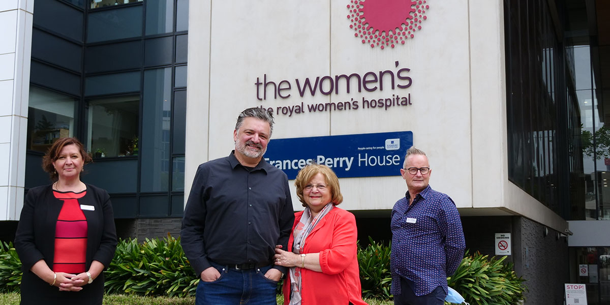 David and Carmen Puli (centre) with the Women's COO Lisa Lynch and Frances Perry House CEO Shaune Gillespie