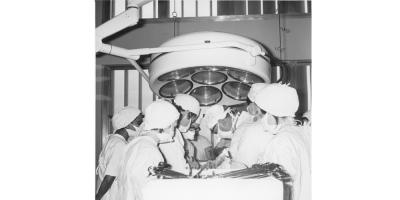 1968, a surgical team